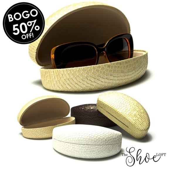 Reptile Embossed Hard Shell Clam Sunglasses Case